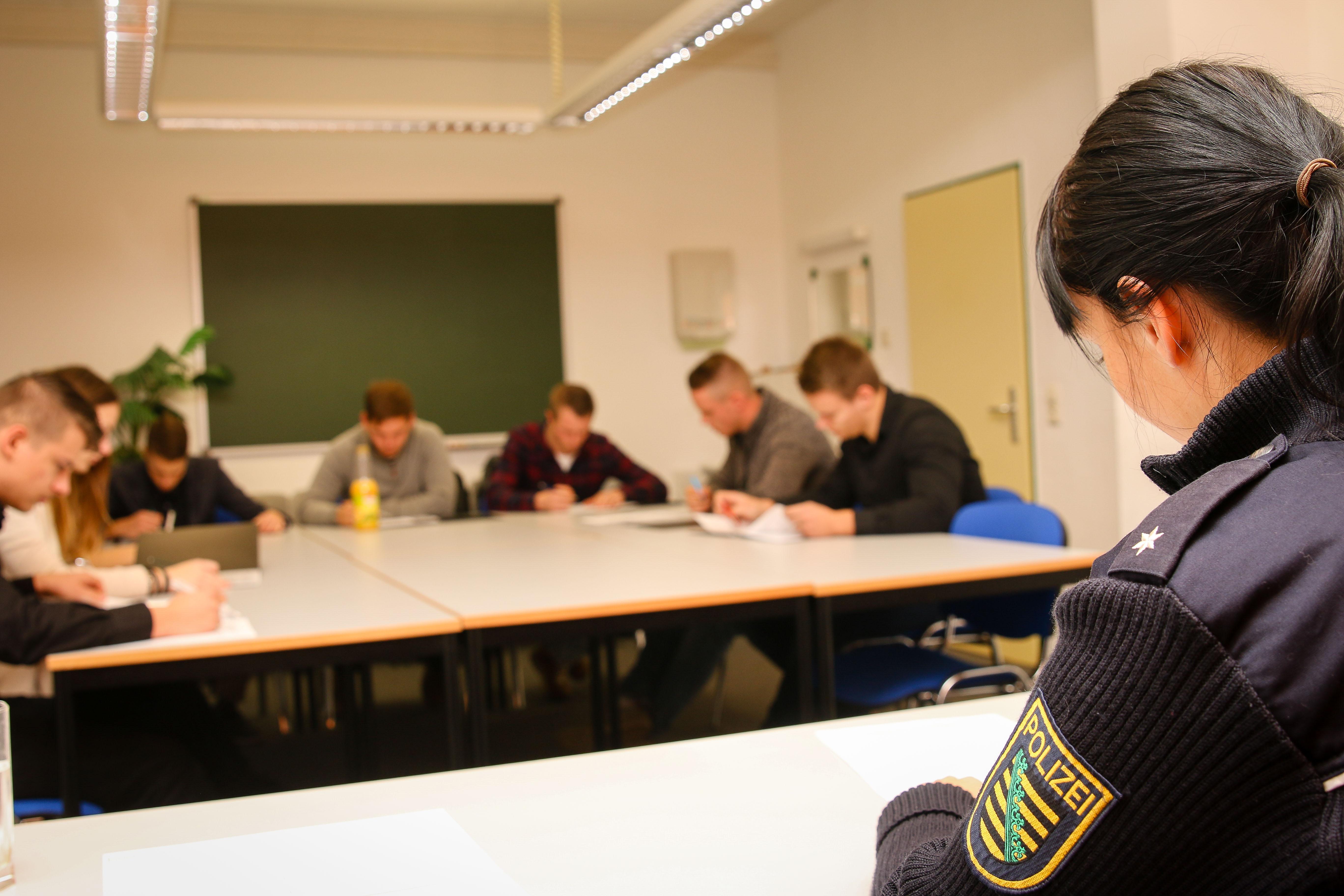 Polizei Sachsen Polizei Sachsen Bewerbungs Und Auswahlverfahren